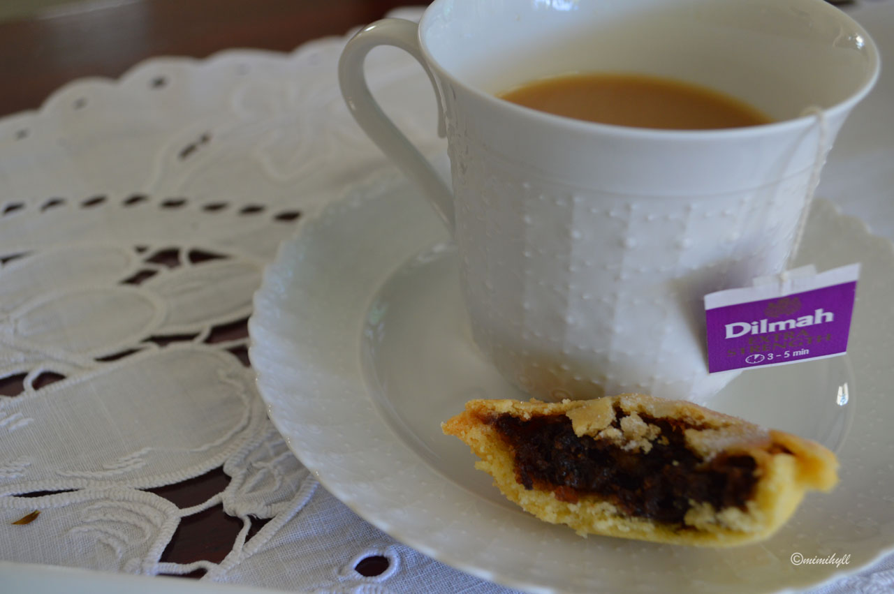 Christmas Tradition - Mince Pies and Dilmah Tea